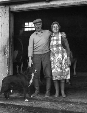 Tom and Margaret Ralph at Gilly Vean Farm, Stithians. 1990. © John Head
